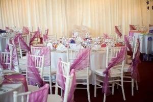 I Do Weddings - Decoratiuni si aranjamente pentru mese si scaune