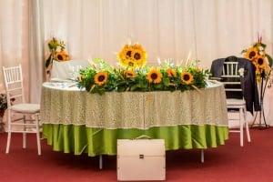 I Do Weddings - Flori de nunta – pentru prezidiu, sala, mese si alte aranjamente