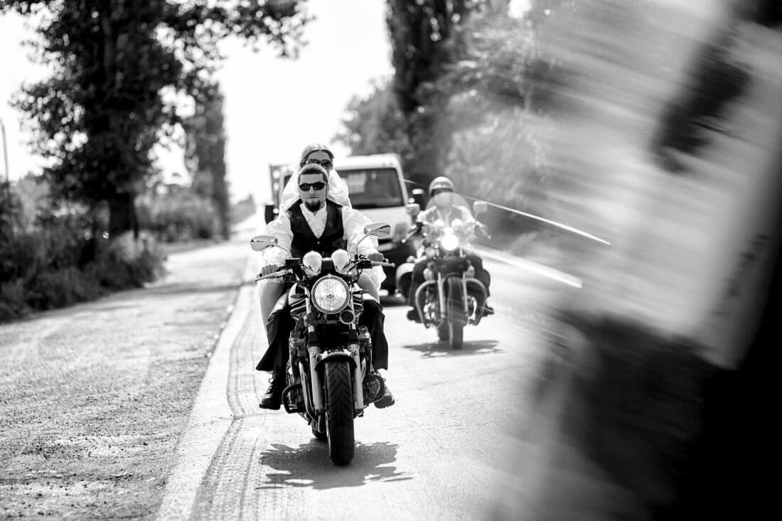 Nunta cu Motociclete - Simona Nicky