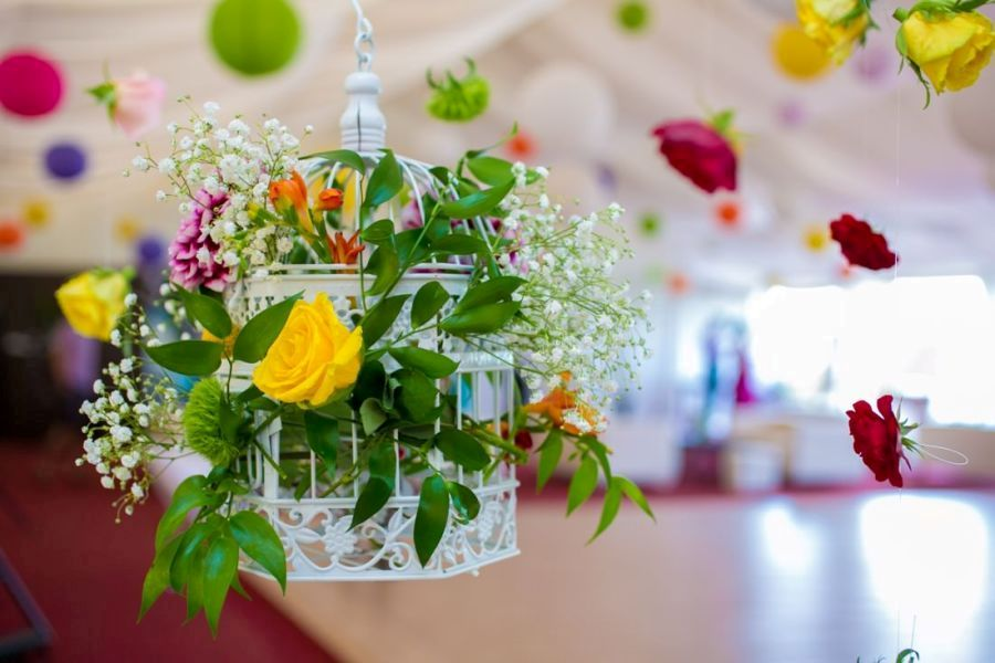 Aranjament nunta trandafiri colivie