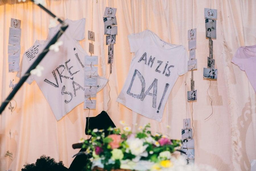 Tricouri Cort nunta in aer liber I Do Weddings decoratiuni