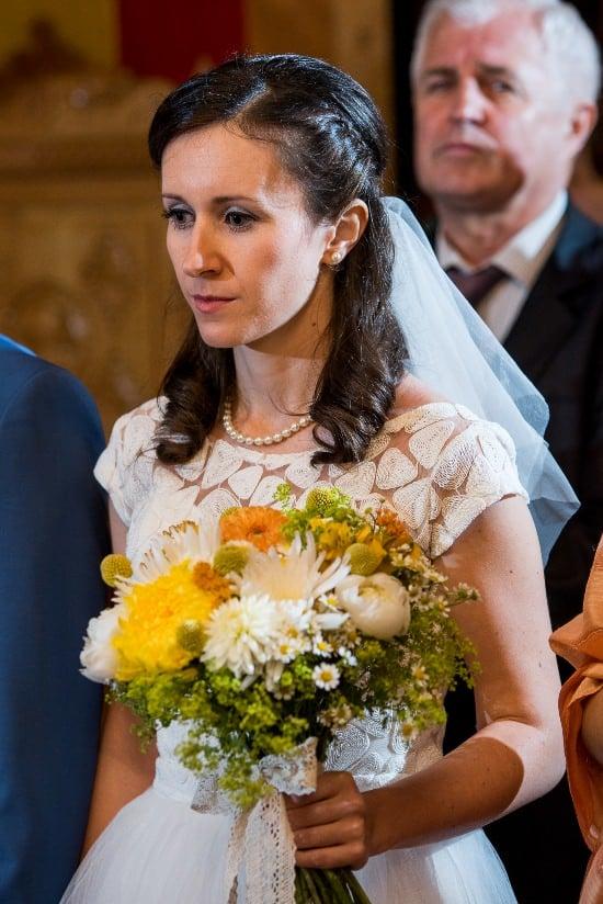 Nunta cu prieteni Iulia & Bogdan mireasa flori