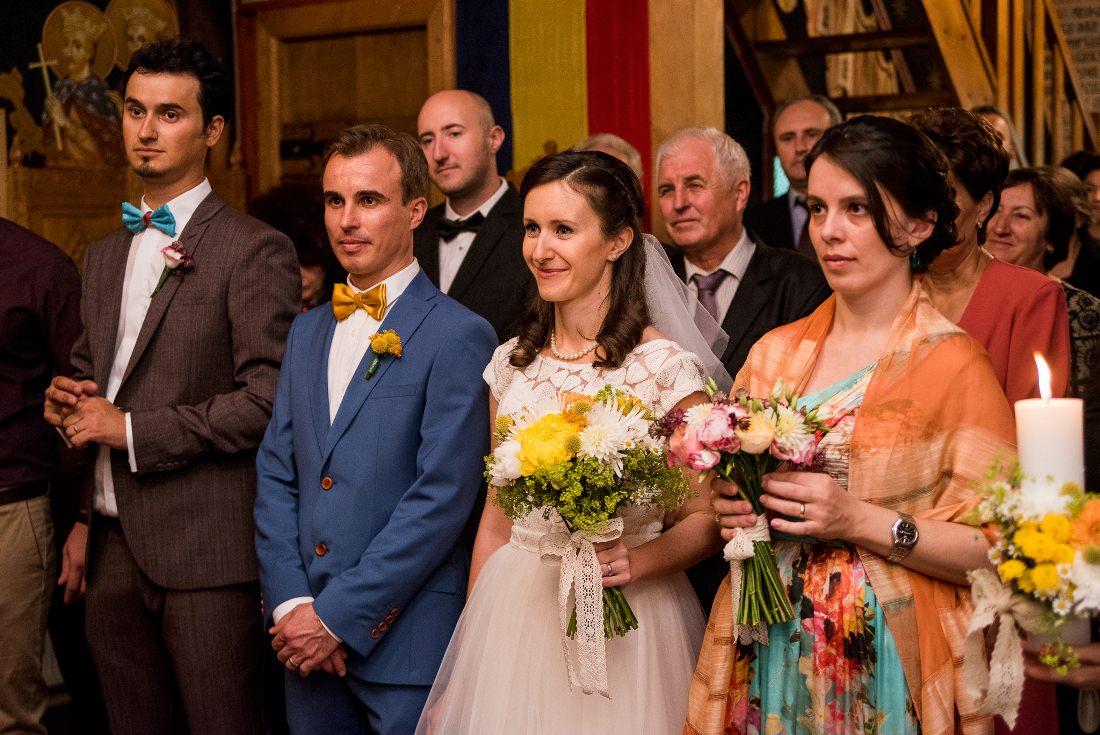 Nunta cu prieteni Iulia & Bogdan biserica