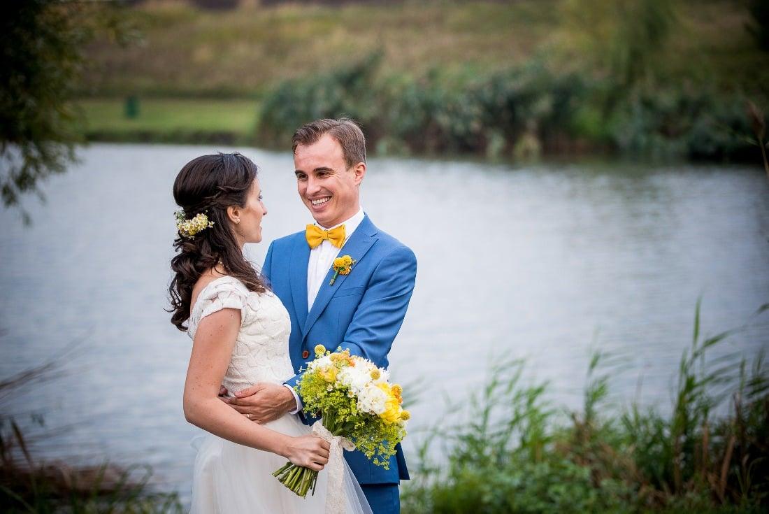 Nunta cu prieteni Iulia & Bogdan in fata lacului
