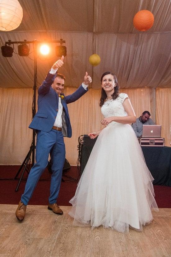 Nunta cu prieteni Iulia & Bogdan dansul mirilor