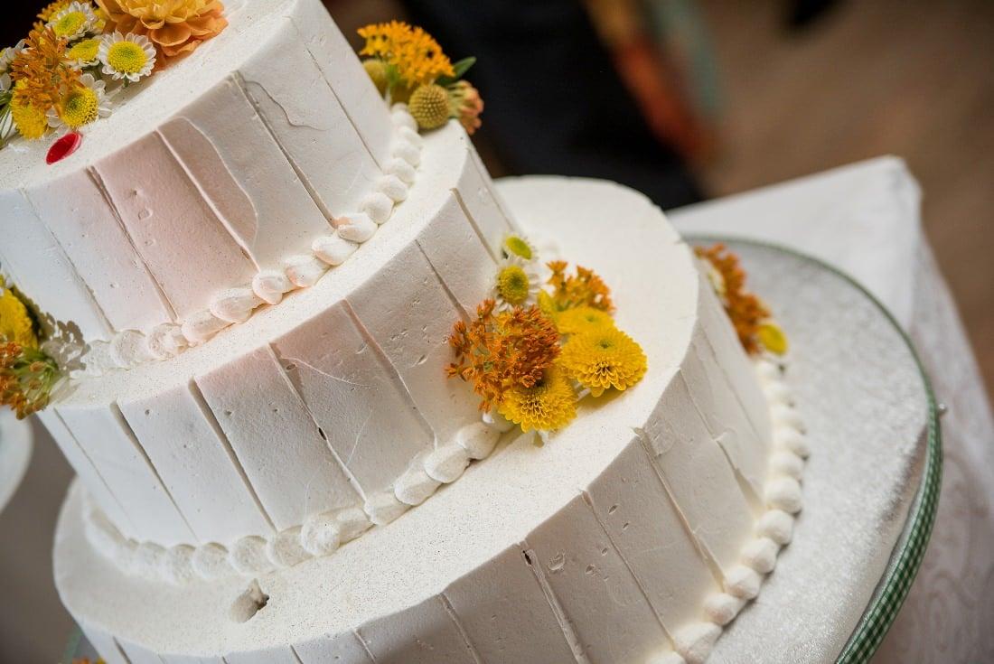 Nunta cu prieteni Iulia & Bogdan tortul miresei