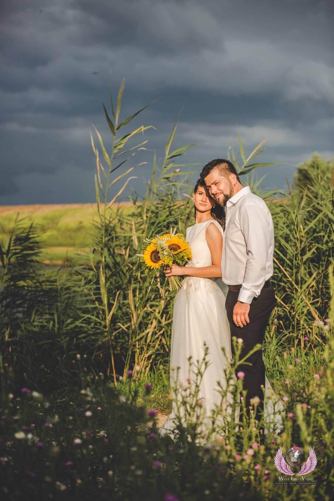 Nunta cu floarea soarelui – Cristina si Dan-IDO-Weddings-nuntiinaerliber (10)