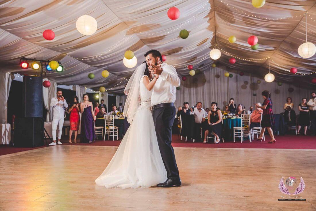 Nunta cu floarea soarelui – Cristina si Dan-IDO-Weddings-nuntiinaerliber (16)