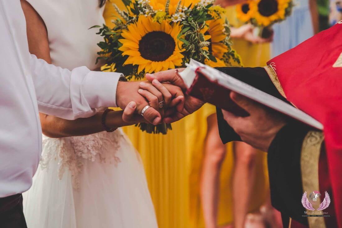 Nunta cu floarea soarelui – Cristina si Dan-IDO-Weddings-nuntiinaerliber (19)