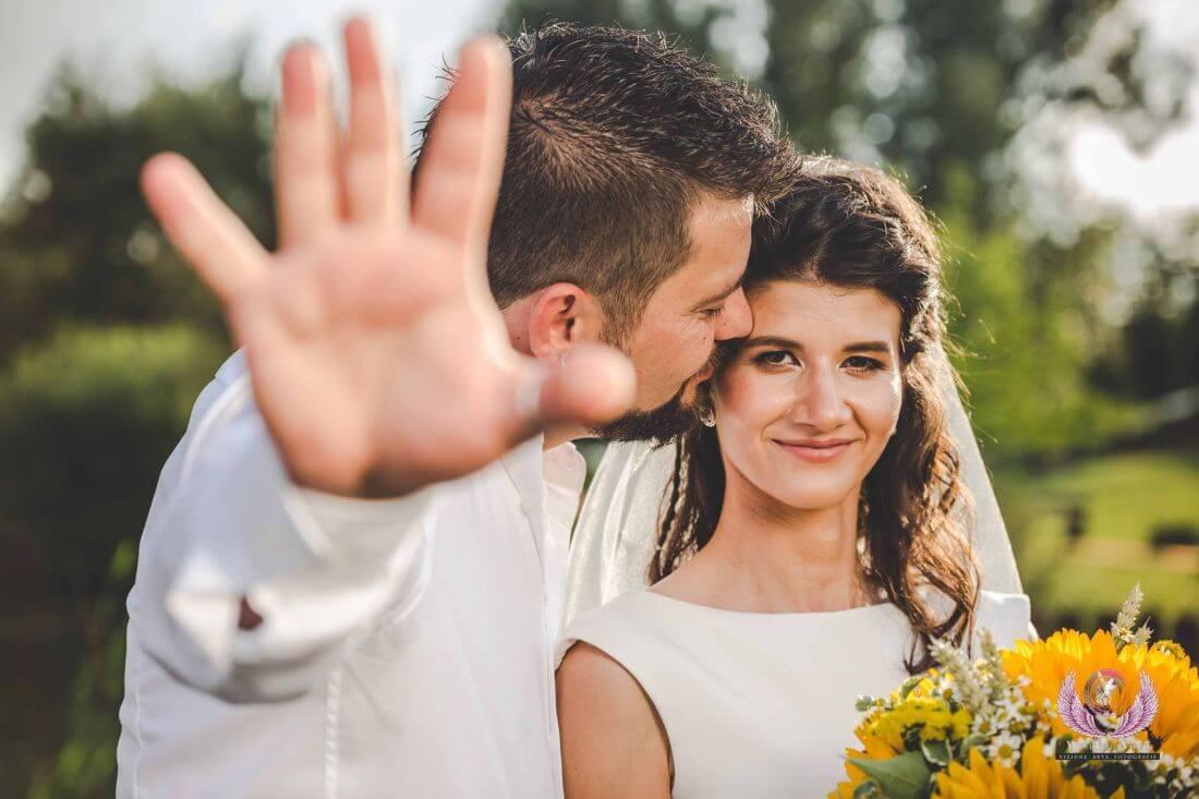Nunta cu floarea soarelui – Cristina si Dan-IDO-Weddings-nuntiinaerliber (4)