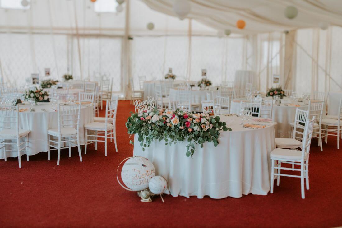 Nunta cu multe calatorii si farfurii – Alexandra si Catalin – IDO-Weddings-nuntiinaerliber (11)