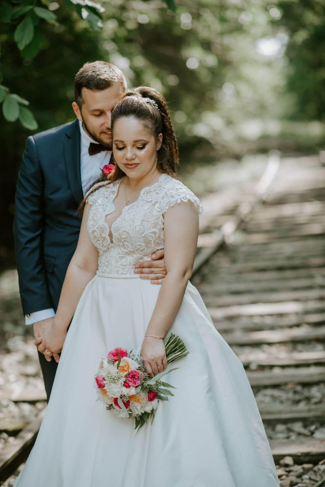 Nunta cu multe calatorii si farfurii – Alexandra si Catalin – IDO-Weddings-nuntiinaerliber (6)