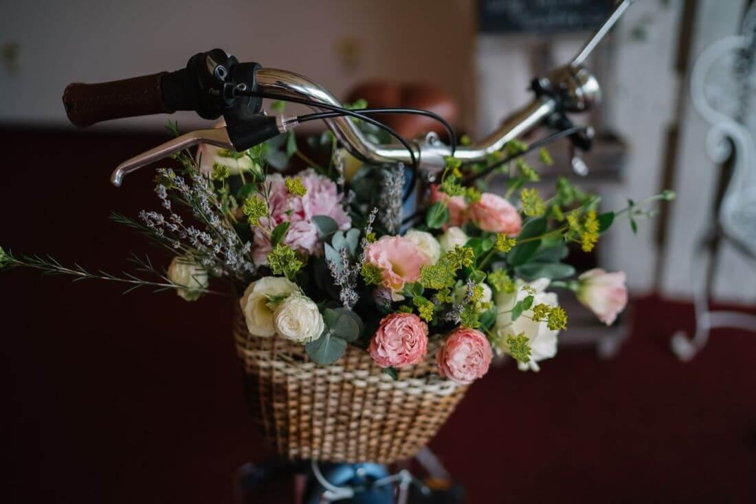 Nunta cu artificii, lavanda si muzica – Adelina si Ionut-IDO-Weddings-nuntiinaerliber (12)