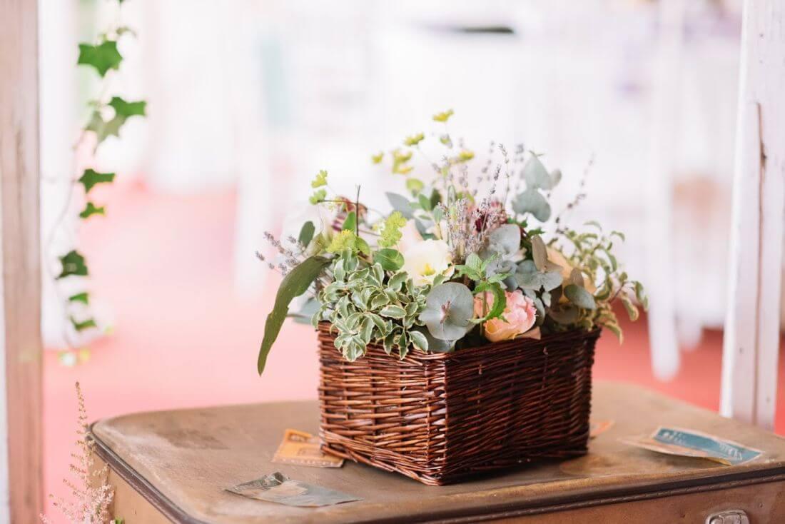 Nunta cu artificii, lavanda si muzica – Adelina si Ionut-IDO-Weddings-nuntiinaerliber (19)