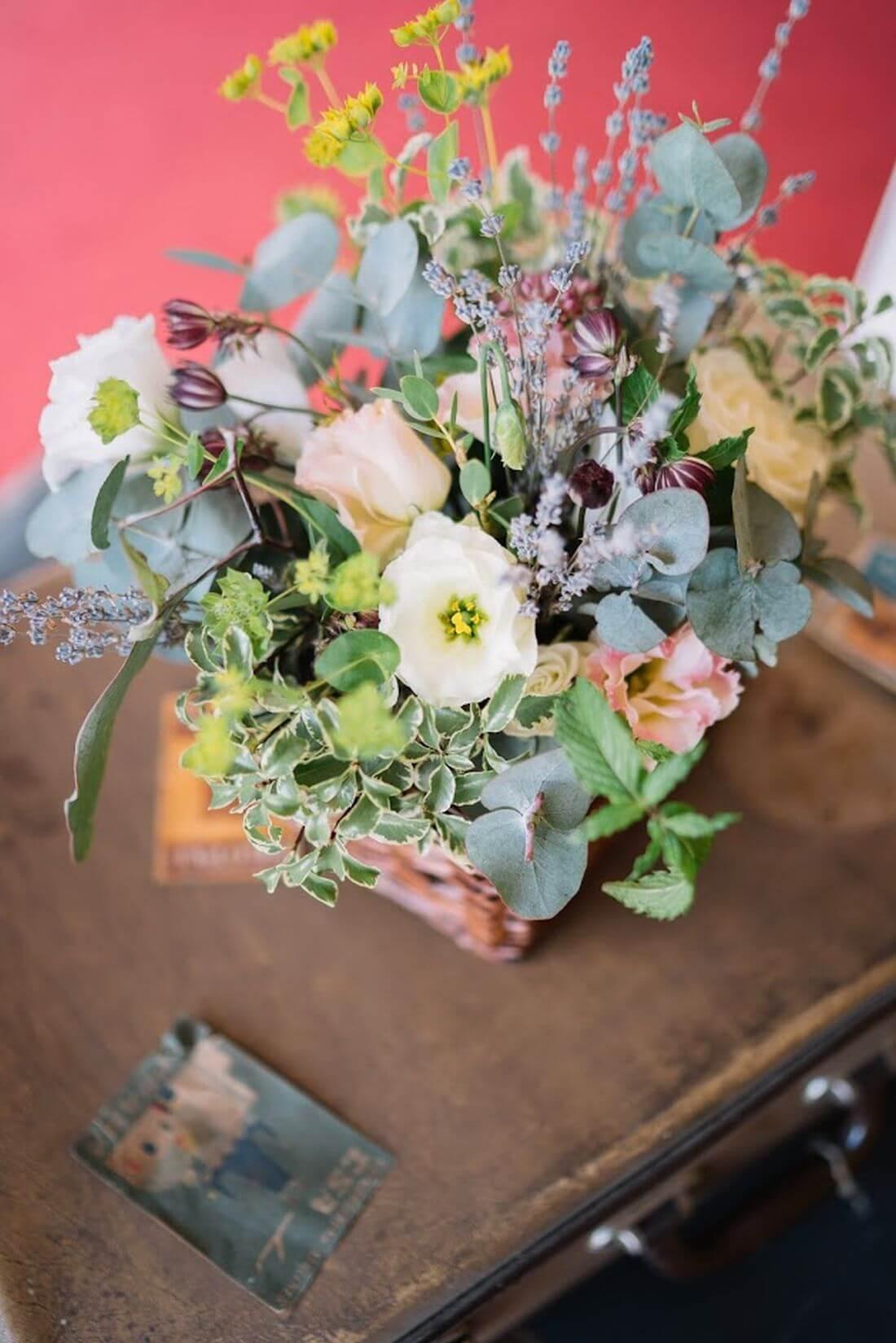 Nunta cu artificii, lavanda si muzica – Adelina si Ionut-IDO-Weddings-nuntiinaerliber (21)