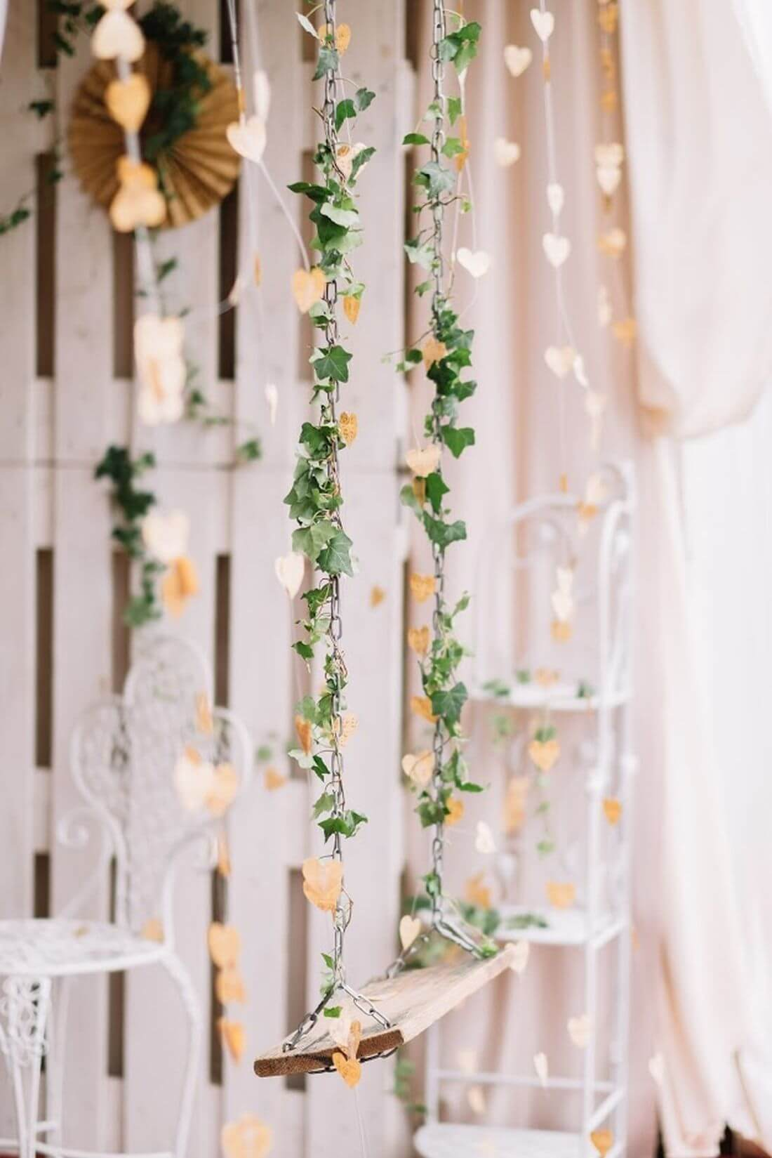Nunta cu artificii, lavanda si muzica – Adelina si Ionut-IDO-Weddings-nuntiinaerliber (22)