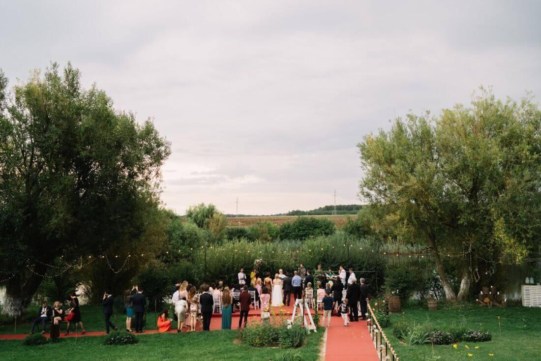 Nunta cu artificii, lavanda si muzica – Adelina si Ionut-IDO-Weddings-nuntiinaerliber (23)