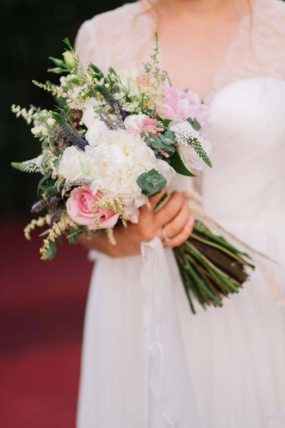 Nunta cu artificii, lavanda si muzica – Adelina si Ionut-IDO-Weddings-nuntiinaerliber (25)