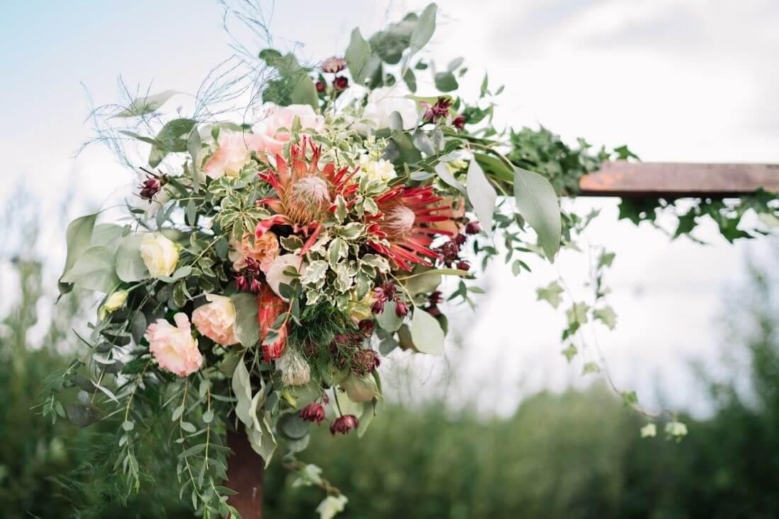 Nunta cu artificii, lavanda si muzica – Adelina si Ionut-IDO-Weddings-nuntiinaerliber (3)