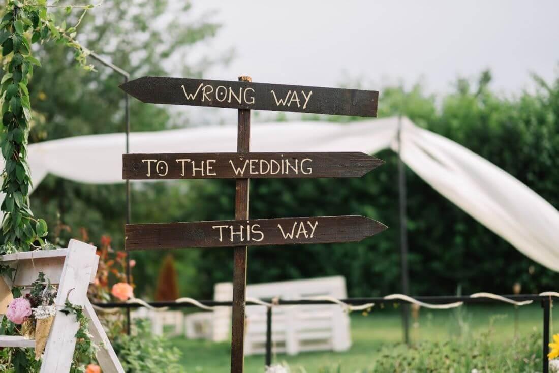 Nunta cu artificii, lavanda si muzica – Adelina si Ionut-IDO-Weddings-nuntiinaerliber (4)