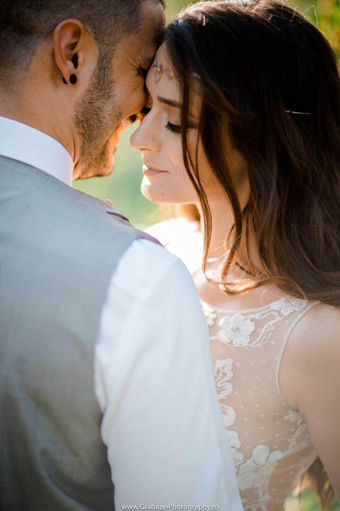 Nunta cu bumbac – Cristina si Sergiu – IDO-Weddings-nuntiinaerliber (11)