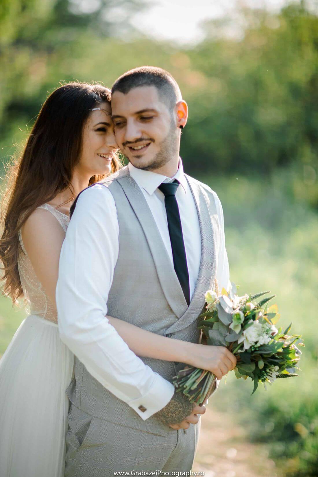 Nunta cu bumbac – Cristina si Sergiu – IDO-Weddings-nuntiinaerliber (12)