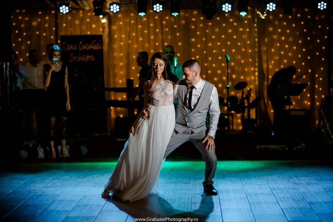 Nunta cu bumbac – Cristina si Sergiu – IDO-Weddings-nuntiinaerliber (2)