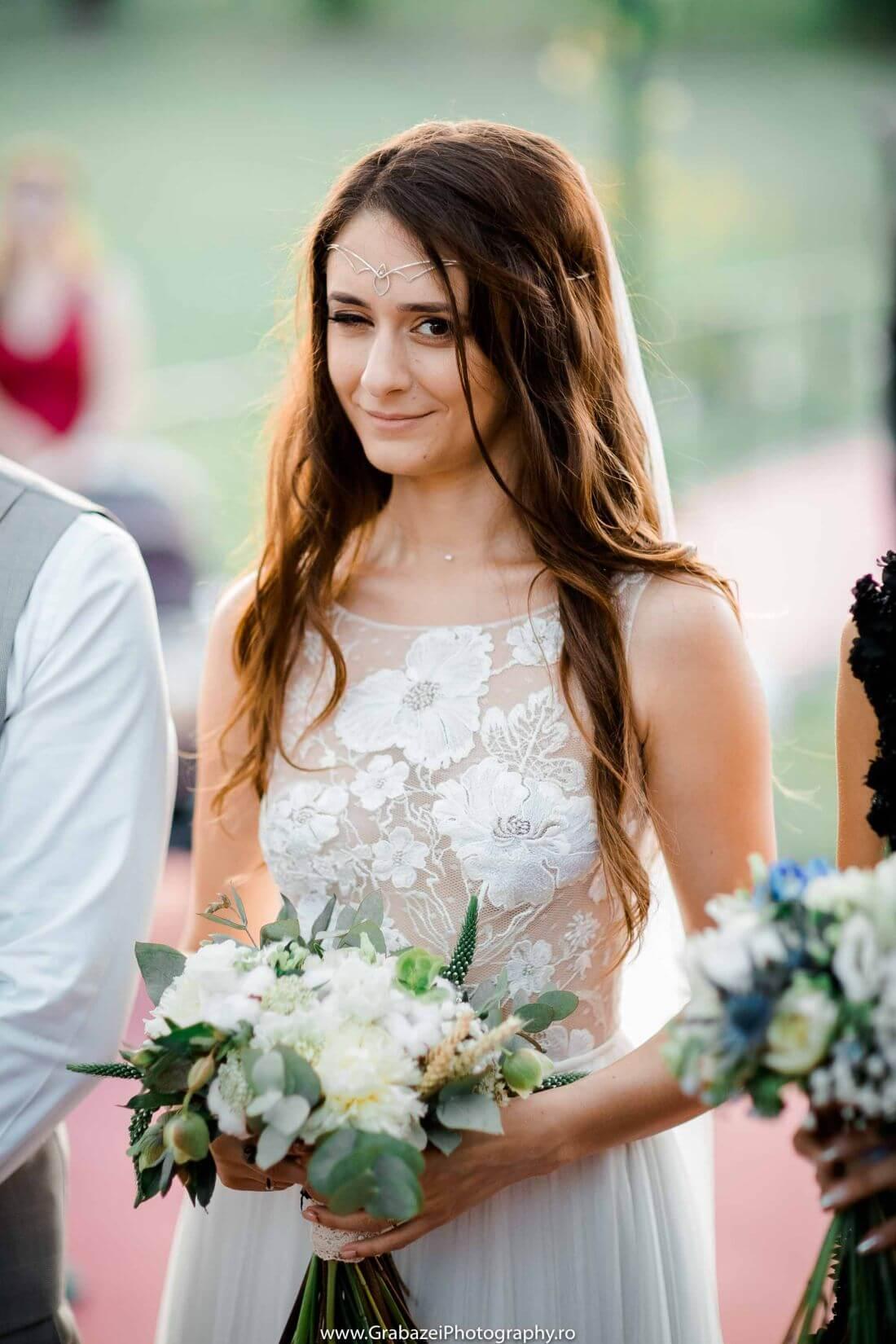 Nunta cu bumbac – Cristina si Sergiu – IDO-Weddings-nuntiinaerliber (23)