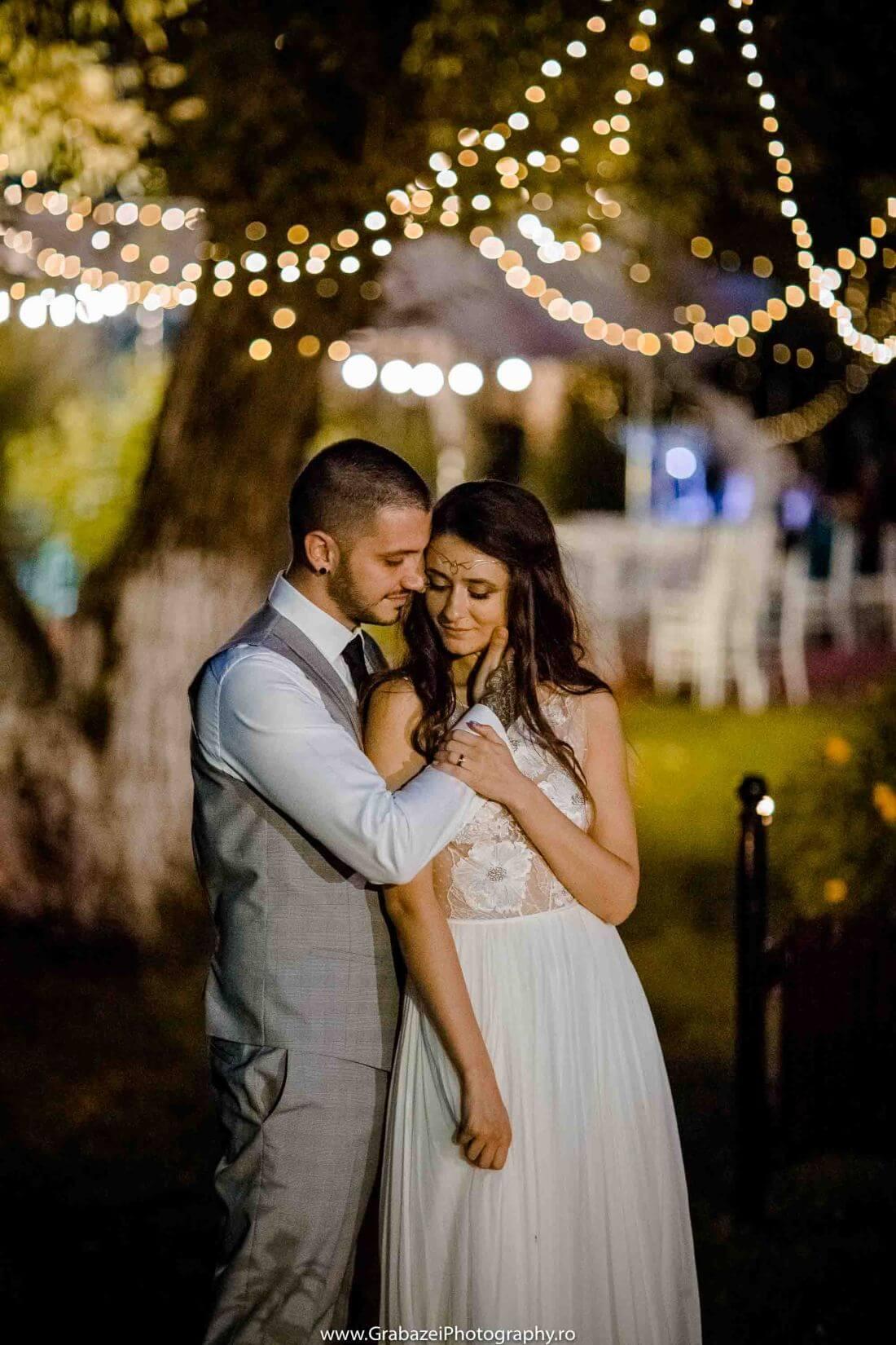 Nunta cu bumbac – Cristina si Sergiu – IDO-Weddings-nuntiinaerliber (30)