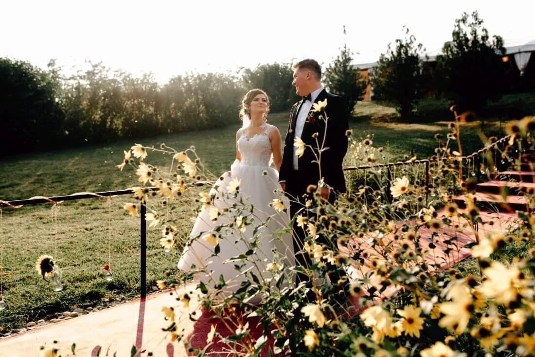 Nunta tomnatica cu dovleci - Mihaela si Andrei – IDO-Weddings-nuntiinaerliber (18)