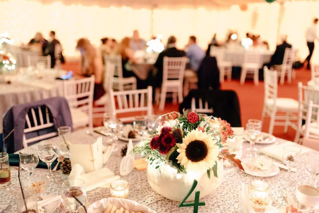 Nunta tomnatica cu dovleci - Mihaela si Andrei – IDO-Weddings-nuntiinaerliber (26)