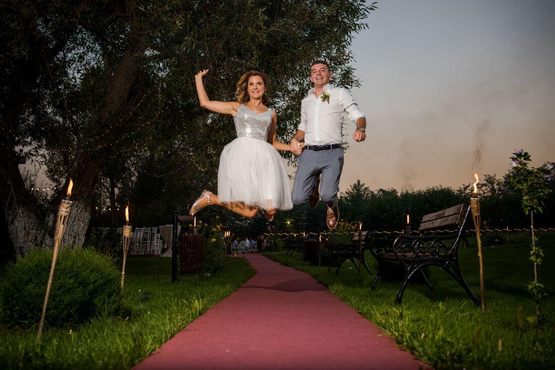 Nunta petrecere la mare, ca-n Vama – Teodora si Sebastian – IDO-Weddings-nuntiinaerliber (21)