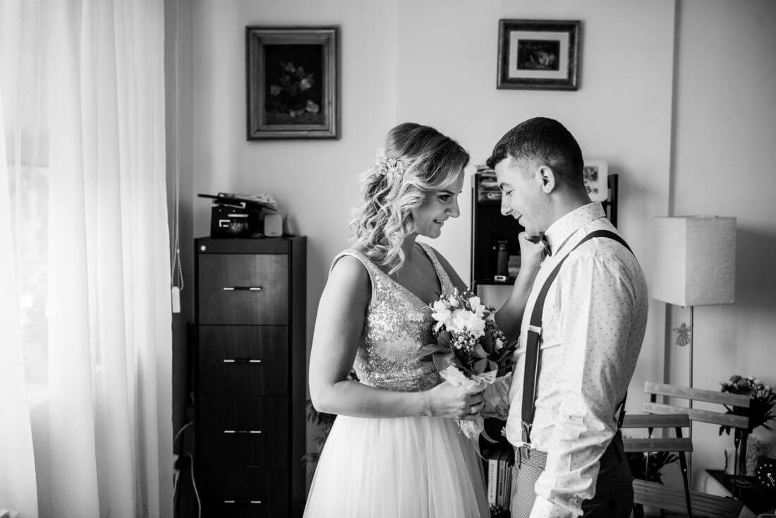 Nunta petrecere la mare, ca-n Vama – Teodora si Sebastian – IDO-Weddings-nuntiinaerliber (4)