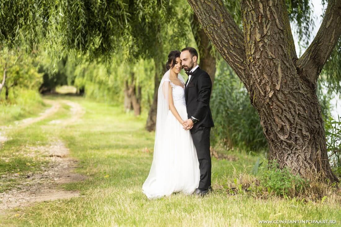 Nunta cu floarea soarelui, grau si musetel- Monica si Mihai - IDO-Weddings-nuntiinaerliber (5)