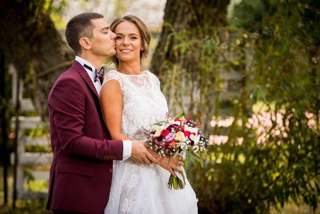 Nunta cu flori si prajituri - Flavia si Critian - IDO-Weddings-nuntiinaerliber (2)